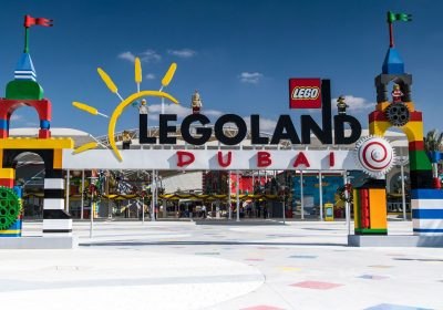 Legoland uses Irregular truss structure for attraction park