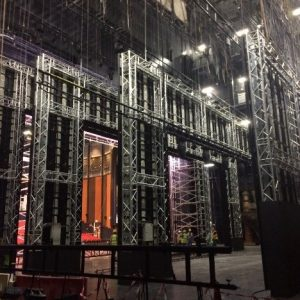 Truss structure as support structure for large LED backdrop in Dubai theatre